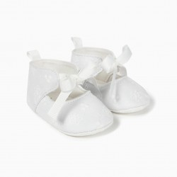 ENGLISH EMBROIDERY NEWBORN SHOES, WHITE
